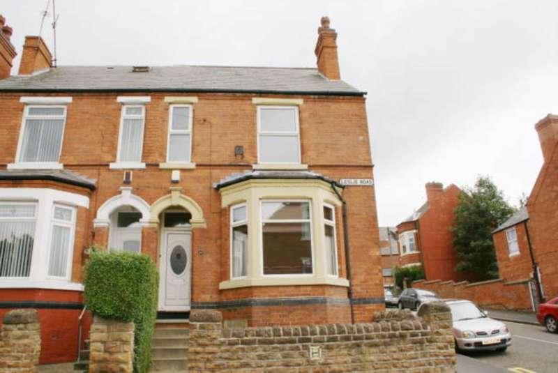 5 Bedrooms Semi Detached House for sale in Leslie Road, Nottingham