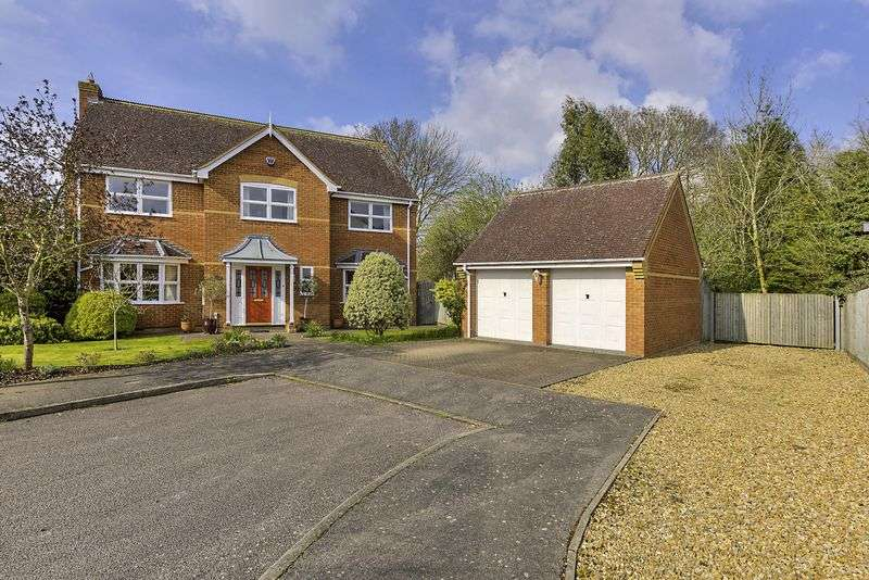 5 Bedrooms Detached House for sale in Centenary Way, Brampton