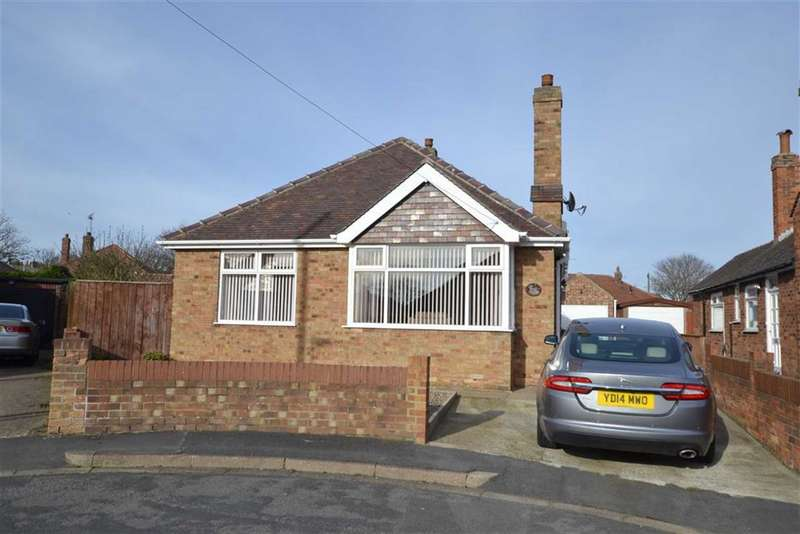 2 Bedrooms Property for sale in Nightingale Drive, Bridlington, East Yorkshire, YO16