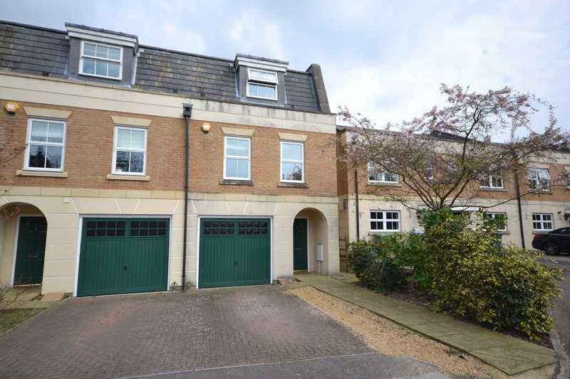 4 Bedrooms Town House for sale in Weybridge