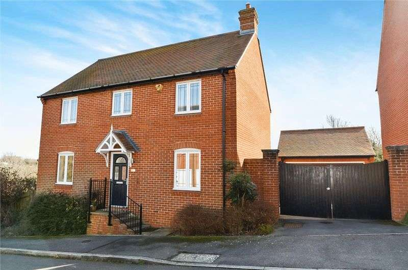 4 Bedrooms Detached House for sale in Thornlow Close, Wyke Regis