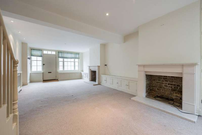 3 Bedrooms House for sale in TYNEHAM ROAD, SW11
