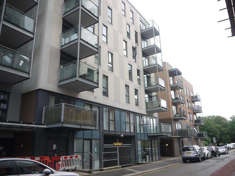 2 Bedrooms Flat for sale in Jude Street, Canning Town, London, Greater London. E16 1FF
