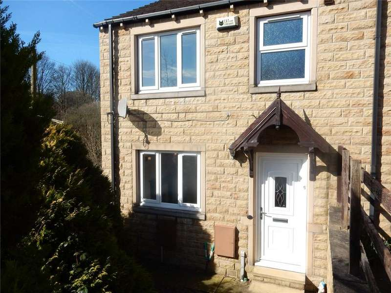 3 Bedrooms Semi Detached House for sale in Grove Nook, Longwood, Huddersfield, HD3