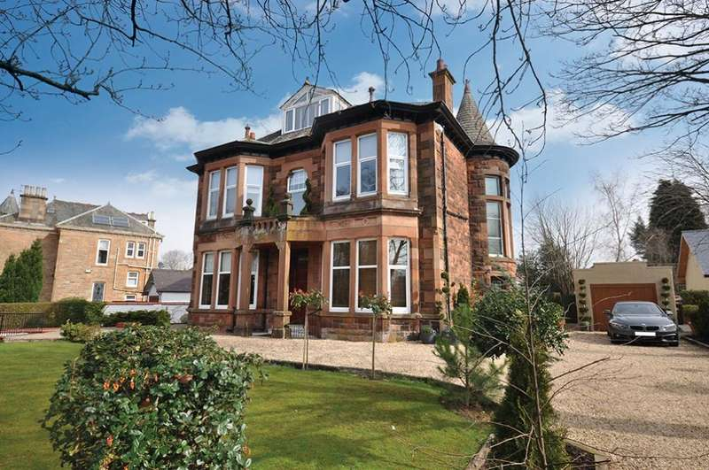 3 Bedrooms Flat for sale in 122a Haggs Road, Pollokshields, G41 4AT