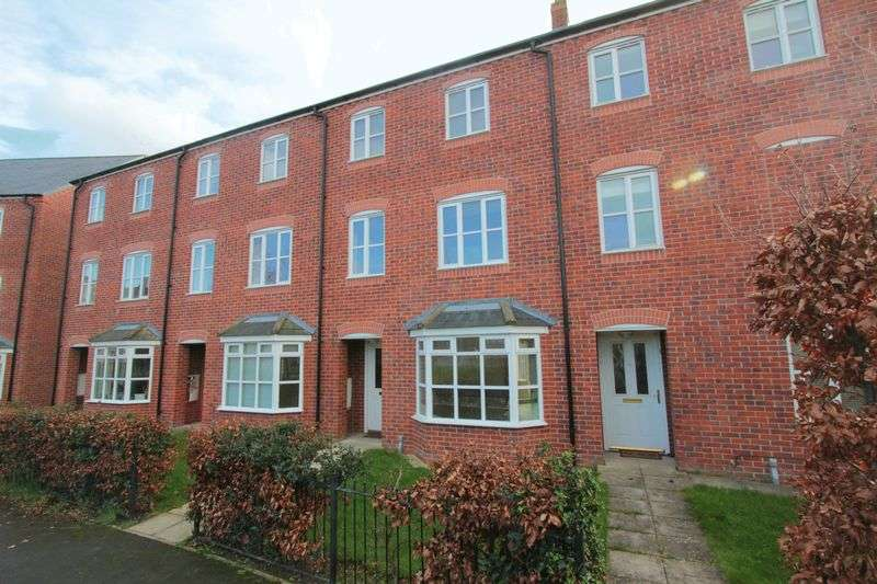 3 Bedrooms Terraced House for sale in Stryd Y Wennol, Ruthin