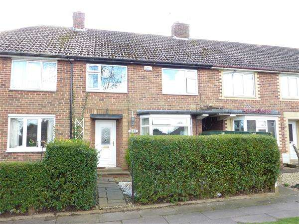3 Bedrooms Terraced House for sale in EDGE AVENUE, SCARTHO, GRIMSBY