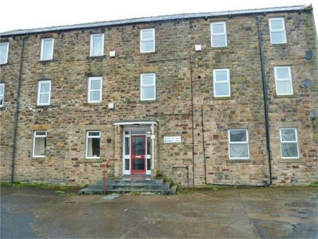 2 Bedrooms Flat for sale in Haltwhistle, Haltwhistle, Northumberland