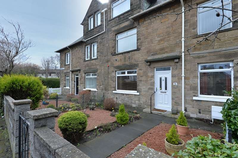 2 Bedrooms Flat for sale in Chesser Avenue, Edinburgh, EH14 1ST