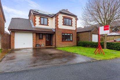 4 Bedrooms Detached House for sale in Heatherway, Fulwood, Preston, Lancashire