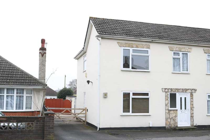 2 Bedrooms Semi Detached House for sale in BH10 Bournemouth
