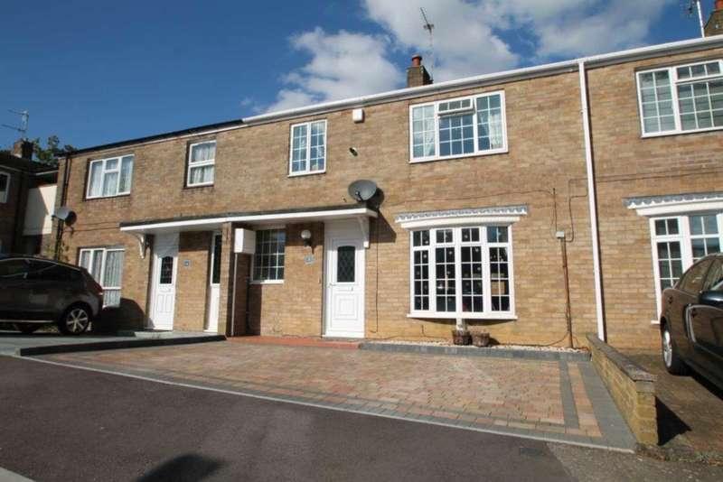 3 Bedrooms Terraced House for sale in Leverstock Green, Hemel Hempstead