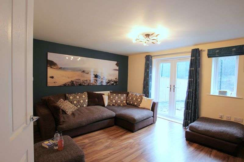 4 Bedrooms Semi Detached House for sale in Lavender Way, Sheffield, South Yorkshire S5