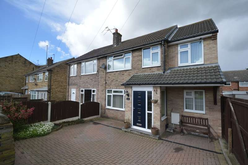 4 Bedrooms Semi Detached House for sale in Knoll Park, East Ardsley, Wakefield