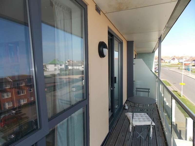1 Bedroom Flat for sale in Saltdean