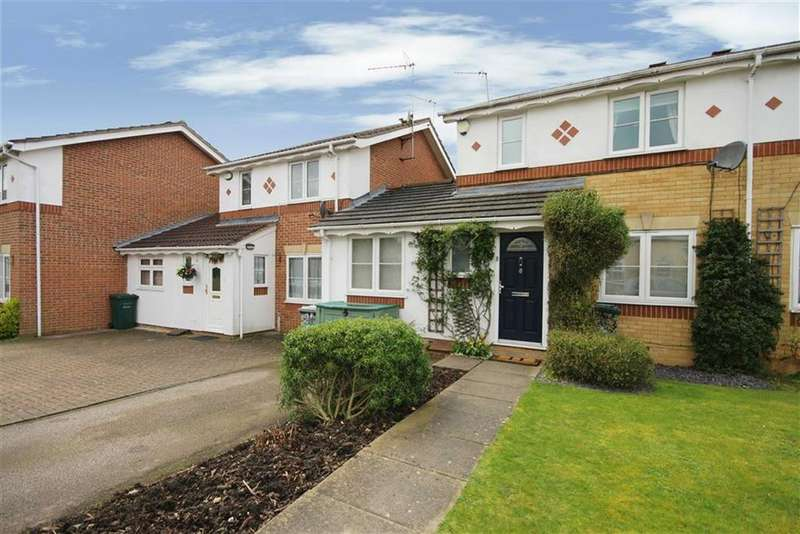 4 Bedrooms House for sale in Boardman Close, Barnet, Hertfordshire