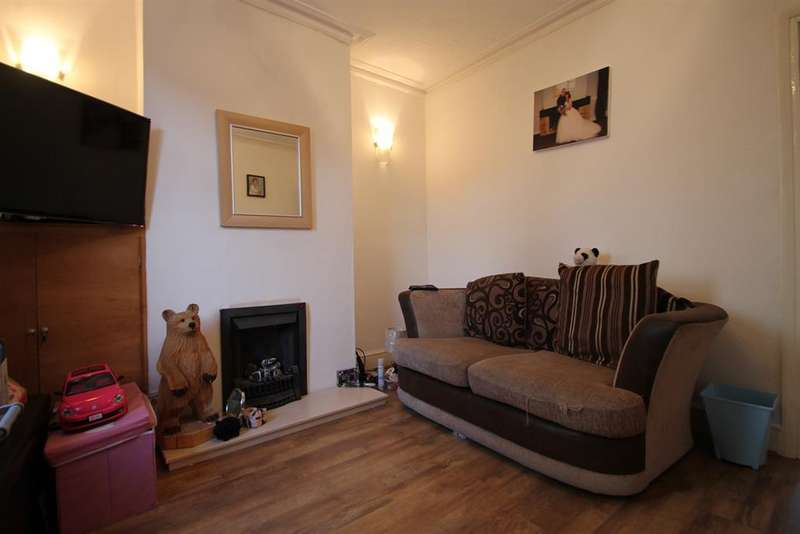 2 Bedrooms Terraced House for sale in Standard Road, Belvedere, Kent, DA17 5JR