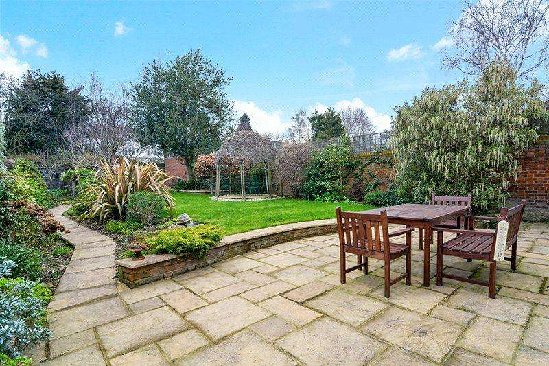 5 Bedrooms Detached House for sale in Burntwood Grange Road, Wandsworth, London, SW18