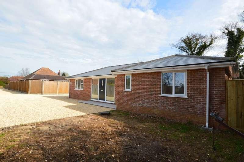 3 Bedrooms Detached Bungalow for sale in Byfleet Avenue, Old Basing, Basingstoke, RG24