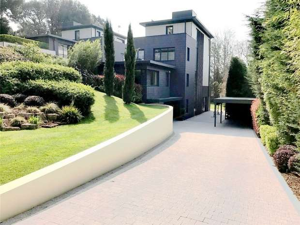 3 Bedrooms Detached House for sale in Mount Grace Drive, Evening Hill, Poole, Dorset