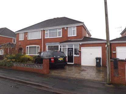 3 Bedrooms Semi Detached House for sale in Pyecroft Road, Great Sankey, Warrington, Cheshire