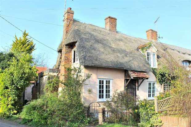 2 Bedrooms Cottage House for sale in Thaxted, Dunmow, Essex
