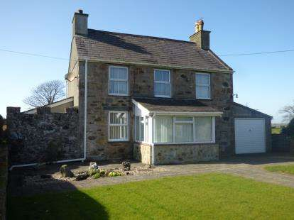 3 Bedrooms Detached House for sale in Brynsiencyn, Anglesey, Sir Ynys Mon, LL61