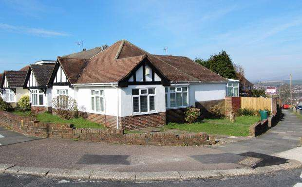 4 Bedrooms House for sale in Larkfield Way, Brighton