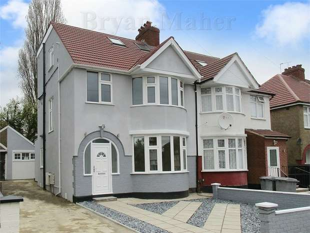 4 Bedrooms Semi Detached House for sale in Deanscroft Avenue, London