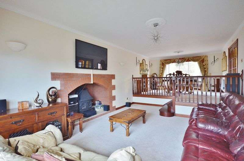 5 Bedrooms Detached House for sale in Hillside, St. Bees