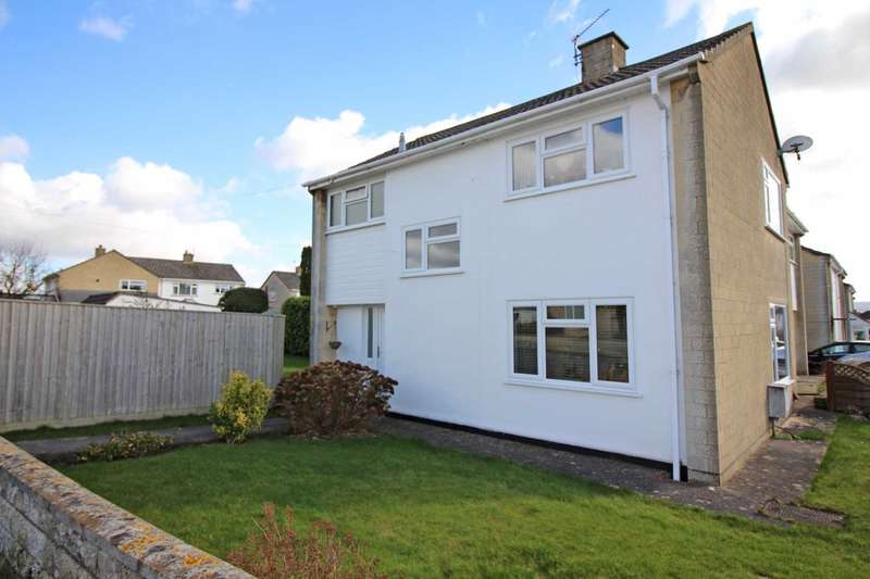 3 Bedrooms Semi Detached House for sale in Monmouth Drive, Frome