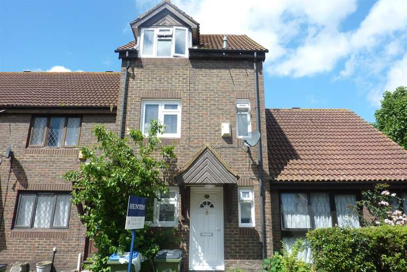 4 Bedrooms Terraced House for sale in Avocet Mews, Thamesmead, London, SE28 0DA