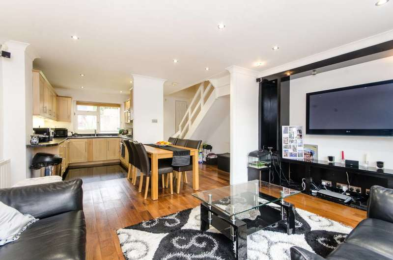 3 Bedrooms Maisonette Flat for sale in Palace Road, Tulse Hill, SW2