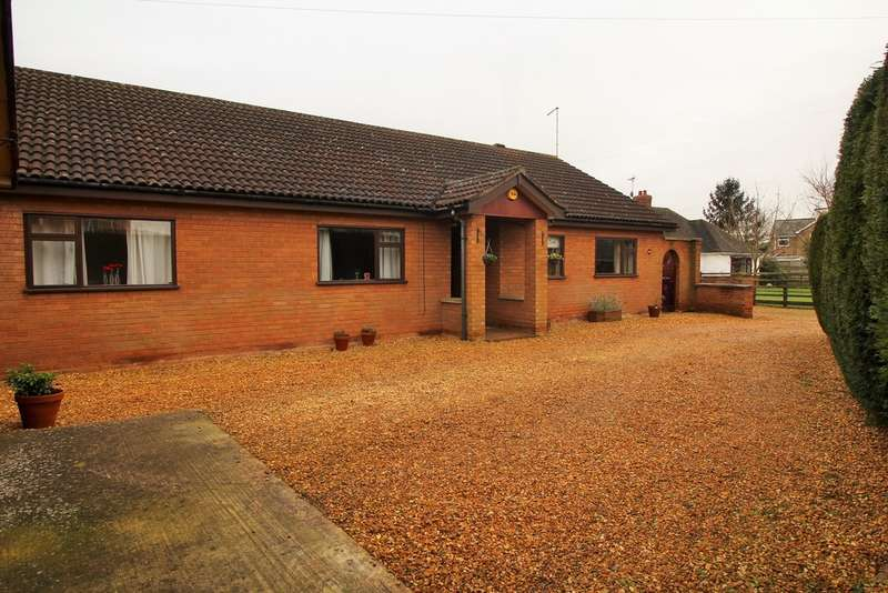 4 Bedrooms Detached Bungalow for sale in Coates Road, Coates, Whittlesey, PE7 2BE