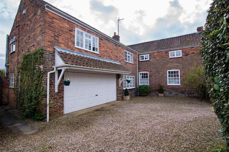 6 Bedrooms Detached House for sale in Church Walk, Pinchbeck