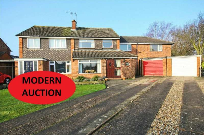 4 Bedrooms Semi Detached House for sale in Derrymore Road, Willerby, Hull, East Riding of Yorkshire