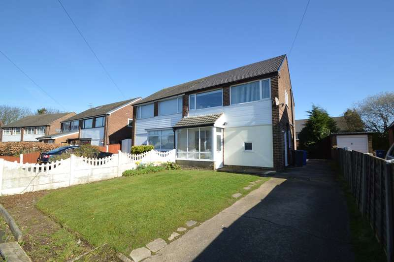 3 Bedrooms Semi Detached House for sale in Lindrick Avenue, Whitefield, Manchester, M45