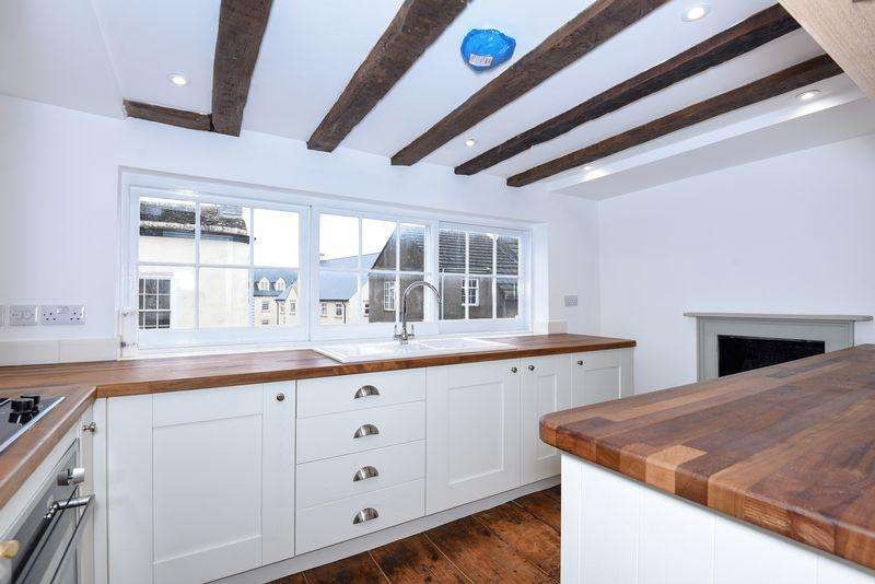 1 Bedroom Flat for sale in Haw Street, Wotton-Under-Edge