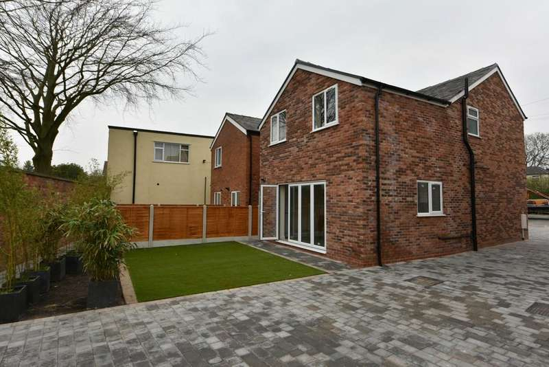 3 Bedrooms End Of Terrace House for sale in Liverpool Road, Aughton