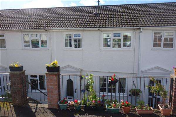 3 Bedrooms Terraced House for sale in Uplands, Ystrad, Pentre