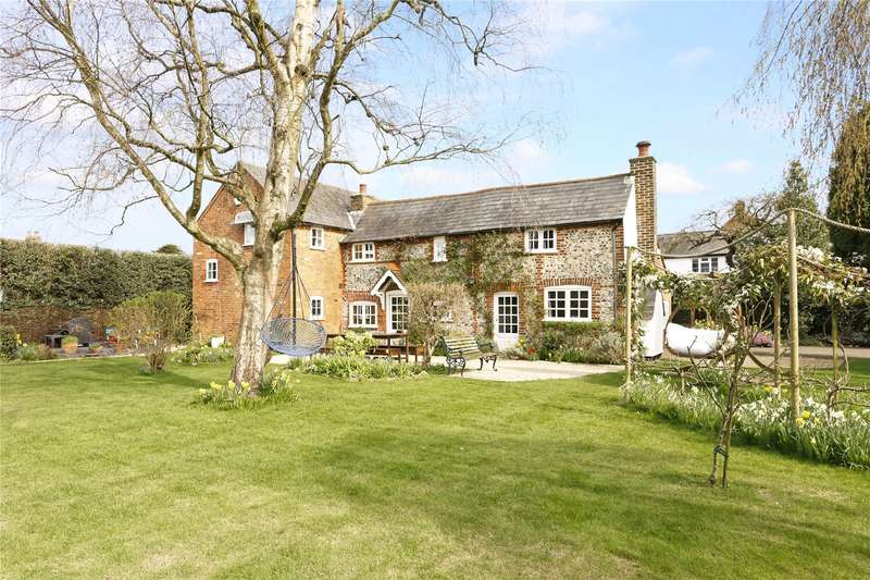 4 Bedrooms Detached House for sale in Fox Lane, Holmer Green, High Wycombe, Buckinghamshire, HP15