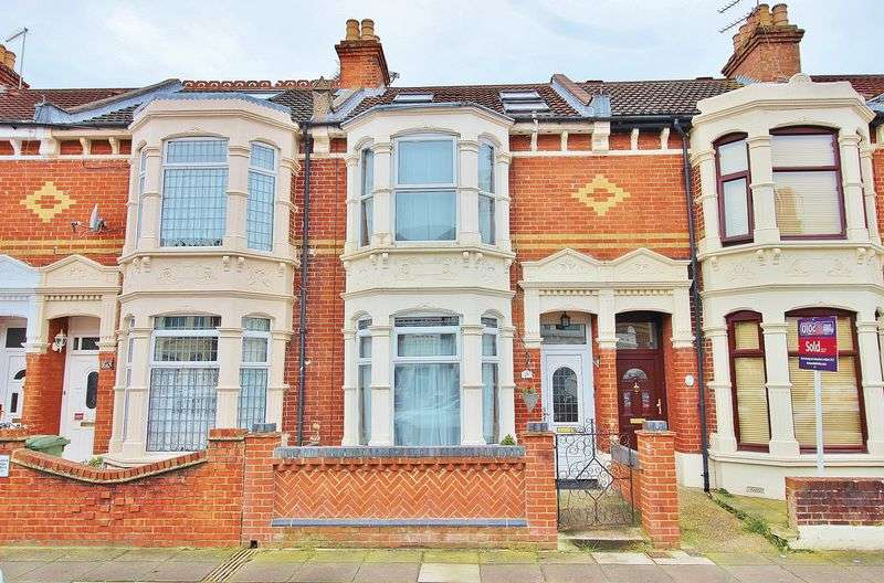 4 Bedrooms Terraced House for sale in Fearon Road, Portsmouth