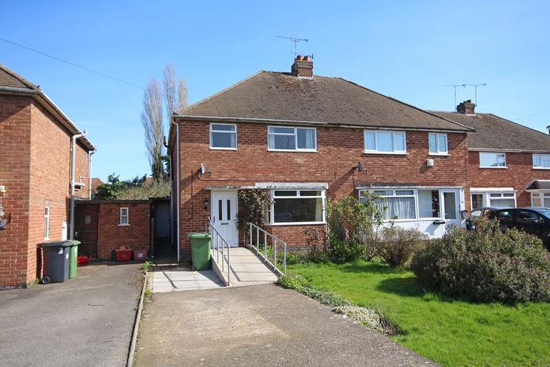 3 Bedrooms Semi Detached House for sale in Burns Road, Leamington Spa