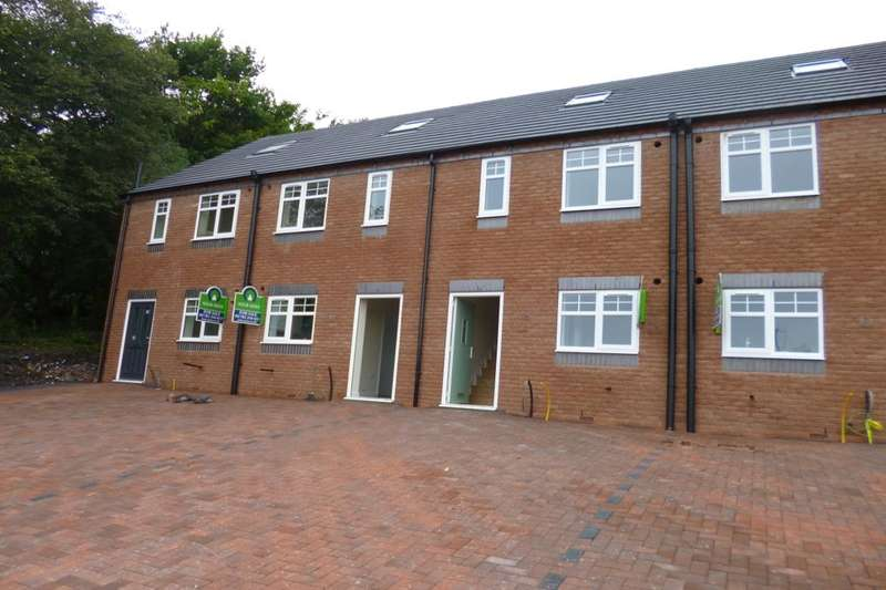 3 Bedrooms Property for sale in Rutland Road, Longton, Stoke-On-Trent, ST3