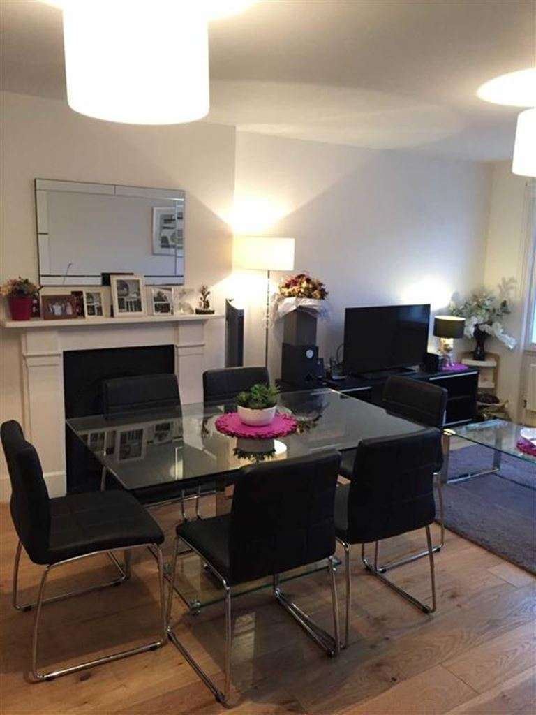 3 Bedrooms Property for sale in Holmes Court, Marylebone, London, W1U