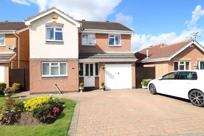 4 Bedrooms Property for sale in Allison Gardens, Chilwell, Nottingham