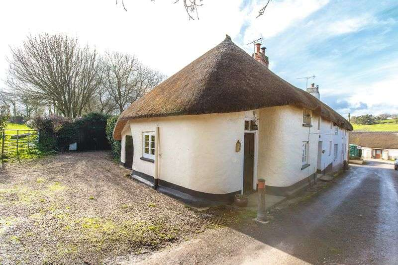 2 Bedrooms House for sale in Essington, North Tawton