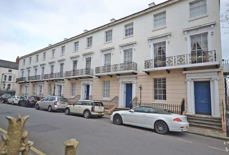2 Bedrooms Flat for sale in Stunning Period Maisonette, Victoria Place, Newport