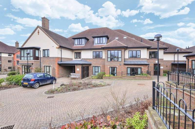 2 Bedrooms Retirement Property for sale in St Georges Park Ditchling Common West Sussex RH15