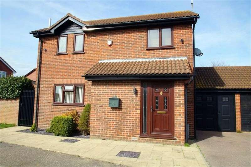 3 Bedrooms Detached House for sale in Ottershaw Way, CLACTON-ON-SEA, Essex
